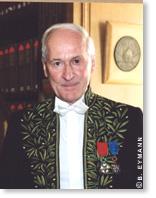 Philippe Taquet est membre de l'Académie des sciences dans la section sciences de l'univers, depuis 2004