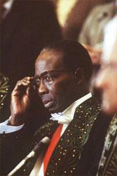 Le 24 mars 1984, Léopold Sédar Senghor entre à l'Académie française.