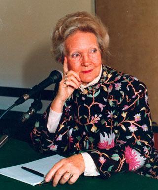 Evelyne Sullerot, correspondant de l'Académie des sciences morales et politiques, fut co-fondatrice du Mouvement français pour le planning familial.
