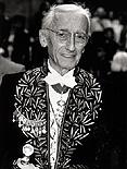 Le Commandant Cousteau avait fait son éntrée à l'Académie française en 1988.