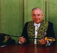 André Damien est membre de l'Académie des sciences morales et politiques dans la section Législation, Droit public et Jurisprudence.