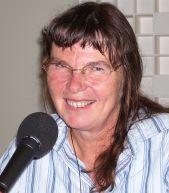 Thérèse Encrenaz, est directeur de Recherche au CNRS. L'astrophysicienne travaille actuellement sur l'athmopshère d'Uranus et de Neptune.