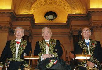 A la tribune sous la Coupole le 20 novembre 2006, de gauche à droite, Michel Albert, André Damien, Lucien Israël.