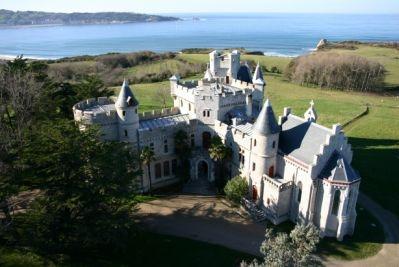 Antoine d'Abbadie a consrtuit son château à Hendaye, à partir de 1860.