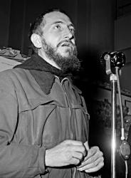 L'abbé Pierre lance son célèbre appel l'hiver 1954.