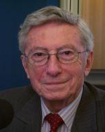Michel Albert , Secrétaire perpétuel de l'Académie des Sciences morales et politiques.