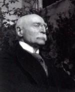 Émile Mâle, membre de l'Académie des inscriptions et belles-lettres, fut élu en 1927 à l'Académie française