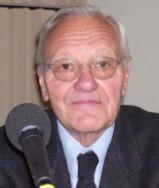 Pierre Mazeaud est membre de l'Académie des sciences morales et politiques  dans la section générale, en 2005.
