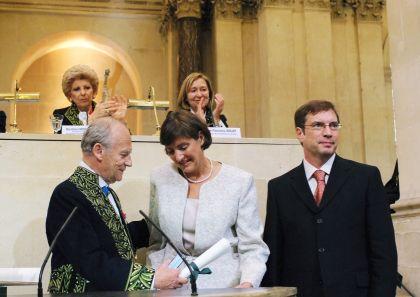 Alain Carpentier et Christine Edry Seidman et Jonathan G. Seidman, le 13 juin 2007, sous la Coupole