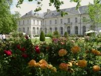 L'abbaye royale de Chaalis, dans l'Oise, a été léguée à l'Institut de France.