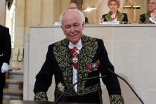 Baron Roberts-Jones, membre de l'Institut, associé étranger de l'Académie des beaux-arts,  le 23 octobre 2007, sous la Coupole
