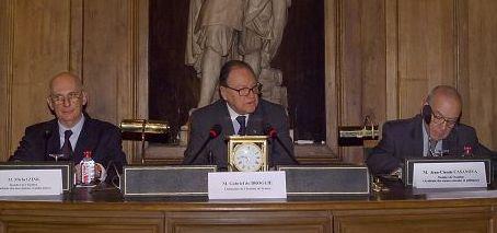 Rencontre des Académies européennes, grande salle des séances, 23 octobre 2007, Michel Zink, Gabriel de Broglie, Jean-Claude Casanova