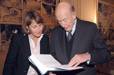 Christine Albanel, ministre de la culture et le Président Valéry Giscard d'Estaing