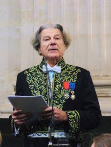 Dominique Fernandez de l'Académie française, le 13 décembre 2007, sous la Coupole de l'Institut de France.