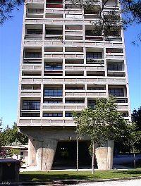 Cité radieuse (1945), Marseille,  Le Corbusier