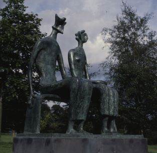 Henry Moore, King and Queen (Roi et Reine), 1952-53