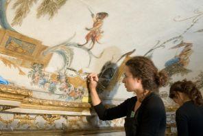 Le plafond de la Grande Singerie du Musée Condé de Chantilly, en cours de restauration, 2007