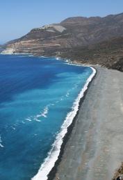Plage d'amiante au Cap Corse