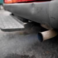 Les pots d'échappements dégagent des particules fines qui pourraient provoquer des cancers du poumon et de la gorge