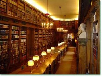 La salle de lecture de la Bibliothèque de l'Institut