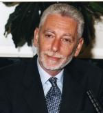 M.Philippe Descola, Directeur du Laboratoire d'anthropologie sociale au Collège de France