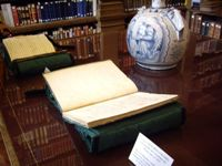 Mrs Mireille Pastoureau prepeared some musical manuscripts treasures from the Institut Library for Mr.Shore