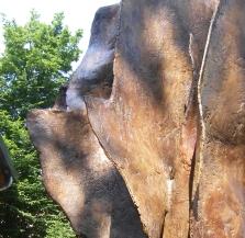 La flamme de la Liberté , sculpture de Jean Cardot, à la Fonderie d'art de Coubertin,  9 juin 2008, détails