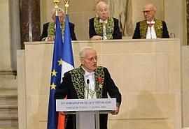 Pierre Mazeaud membre de l'Académie des sciences morales et politiques, le 7 octobre 2008, sous la Coupole de l'Institut de France