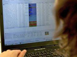 L'internaute qui pratique le téléchargement sera averti deux fois avant la coupure temporaire de sa connexion internet