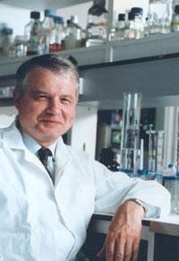 Professeur Luc Montagnier