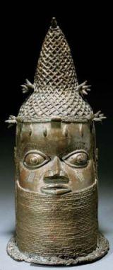 Tête commémorative d'une reine mère uhunmwun elao, Edo \/ ancien Royaume de Bénin, Nigéria