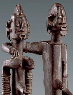 Statue dege dyinge représentant le «couple de jumeaux primordiaux», Dogon, Mali