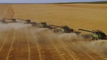 Moisson de blé près de Lamar, Colorado, Etats-Unis (38°32' N -102°55' O)