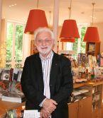 Lucien Clergue, dans la librairie du musée Marmottan Monet, 27 mai 2009