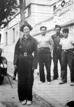 Simone Weil à Barcelone, après son retour du front (1936)