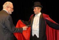 La pièce de théâtre à succès d'Eric-Emmanuel Schmitt: Le visiteur