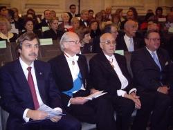 Antoine Papadimitriou et les lauréats: Prix Onassis internationaux 2009 (de gauche à droite), 14 décembre, Coupole de l'Institut de France
