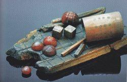 Ce jeu de stratégie appelé jeu des brigands était pratiqué par les soldats romains (400av.J.-C.), National Museum, Copenhague, Danemark © D.R