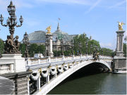 Le pont Alexandre-III à Paris