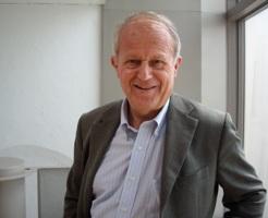Frédéric Vitoux occupe le 15e fauteuil de l'Académie française depuis 2003.