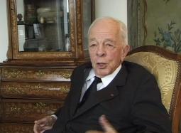 Jean Bernard en 2005, image tirée du film de Ron Lévy.