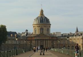 L'Institut de France, siège de cinq académies, est au cœur du patrimoine culturel français