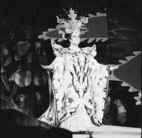 Montserrat Caballé dans Turandot de Puccini à l'Opéra Garnier