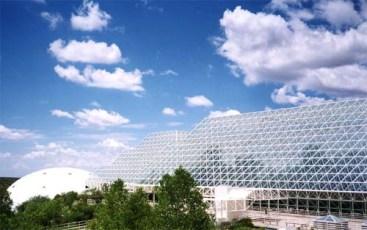 Biosphère II vu de l'extérieur