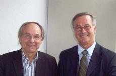 Joël Bockaert membre de l'Académie des sciences et André Nieoullon, président de la Société des neurosciences (de gauche à droite).