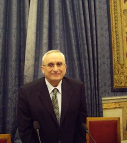 Sylvain Menant, professeur émérite de l'Université Paris Sorbonne