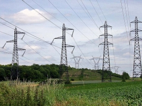 Lignes à haute tension (Sagy, Val d'Oise), juin 2005.