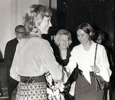 Les ecrivains Marnix Gijsen, sa fille Françoise Mallet-Joris, Suzanne Lilar, et la future reine Paola, 1960