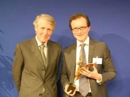 Michel Bon et le lauréat du 24e prix Turgot Augustin Landier