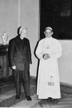 Maritain aux côtés du pape Paul VI